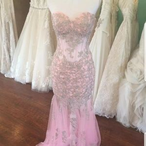 Prom like gown